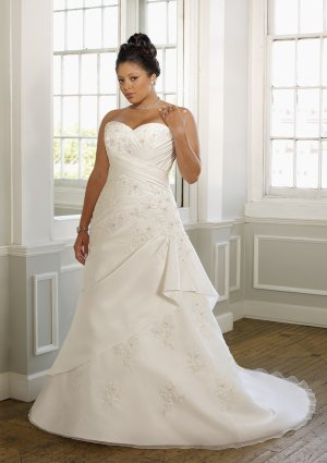 A-line Beading Appliques Lace-up Plus Size Wedding Dress 2012
