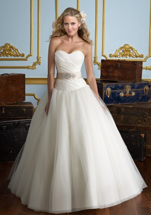Strapless Satin and Tulle 2012 Ball Gown Wedding Dress