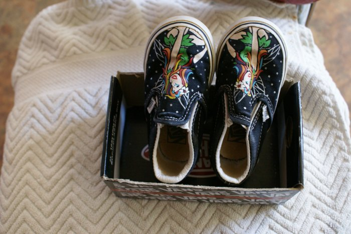vans classic slip-ons toddler size 6 fairy shoes