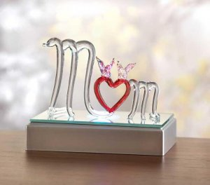 ~FREE SHIPPING~COLOR-CHANGE GLASS MOM FIGURINE