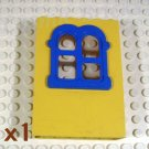 LEGO Yellow Fabuland Building Wall 2x6x7 Squared Blue Window (single,U)