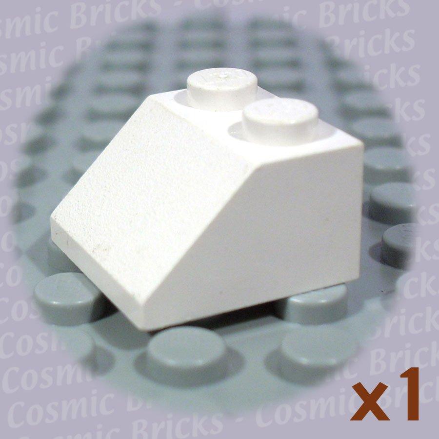 LEGO White Slope 45 2x2 303901 3039 (single,U)