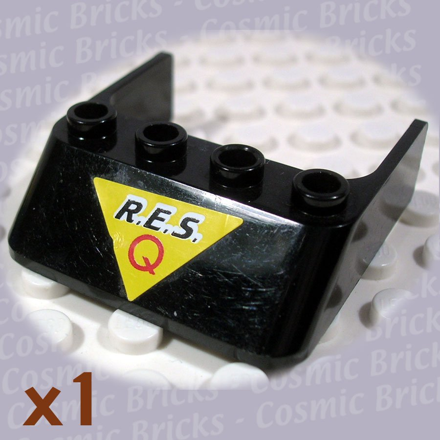 LEGO Black Windscreen 4x4x1 Res-Q on Yellow Triangle 6238 (single,U)