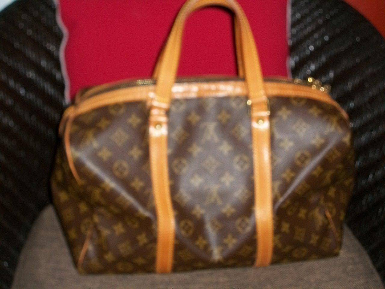 Louis Vuitton Sac Souple bag 1000% authentic