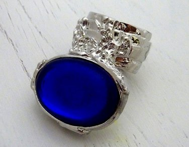 Arty Oval Ring Sapphire Vintage Glass Blue Silver Chunky Armor Knuckle Art Statement Deco Size 8.5