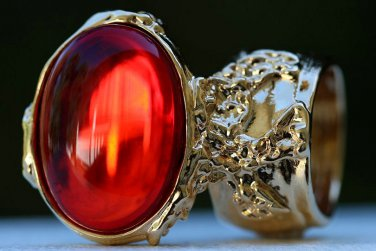 Arty Oval Ring Ruby Red Vintage Glass Designer Gold Chunky Armor Knuckle Art Statement Size 4.5