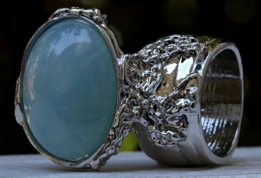 Arty Oval Ring Blue Gold Flecks Chunky Silver Knuckle Art Statement Jewelry Avant Garde Size 10