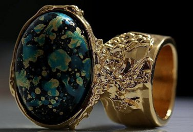 Arty Oval Ring Blue Black Metallic Chunky Gold Deco Knuckle Art Statement Abstract Jewelry Size 8.5