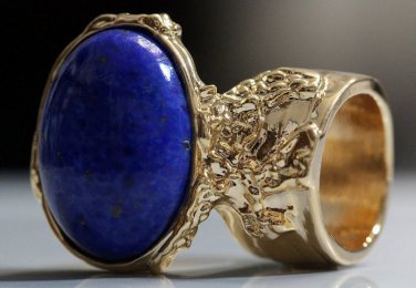 Arty Oval Ring Lapis Blue Vintage Glass Gold Chunky Knuckle Art Statement Deco Avant Garde Size 8.5