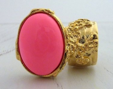 Arty Oval Ring Neon Pink Gold Hand Painted Chunky Armor Knuckle Art Statement Jewelry Size 5.5