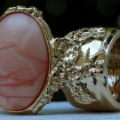 Arty Oval Ring Peach Swirl Gold Vintage Chunky Armor Knuckle Art Avant Garde Statement Size 5.5