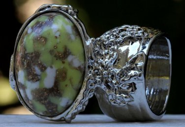 Arty Oval Ring Yellow Green White Mottled Silver Chunky Knuckle Art Avant Garde Statement Size 8