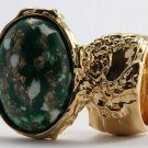 Arty Oval Ring Emerald Green White Mottled Gold Chunky Knuckle Art Avant Garde Statement Size 4.5
