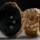 Arty Oval Ring Shooting Stars Gold Glass Sparkly Fantasy Galaxy Chunky Artsy Knuckle Art Size 4.5