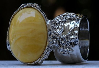 Arty Oval Ring Yellow Marble Swirl Silver Vintage Knuckle Art Avant Garde Chunky Statement Size 6