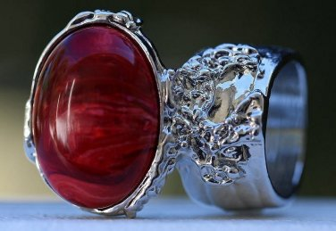 Arty Oval Ring Red Marble Swirl Silver Vintage Knuckle Art Avant Garde Chunky Statement Size 8.5