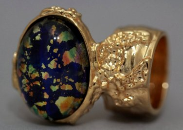 Arty Oval Ring Blue Multi Opal Vintage Glass Gold Artsy Chunky Knuckle Art Statement Size 6