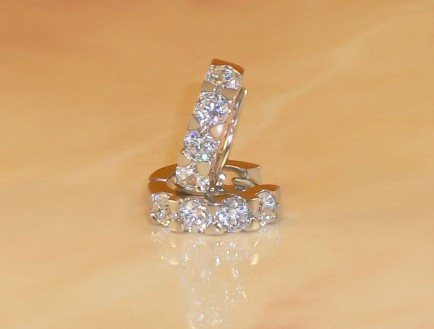 FREE SHIPPING 2ct 8-stone BRILLIANT RUSSIAN SIMULATED DIAMOND EARRINGS