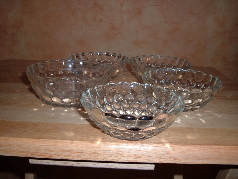 Hocking bubble bowls