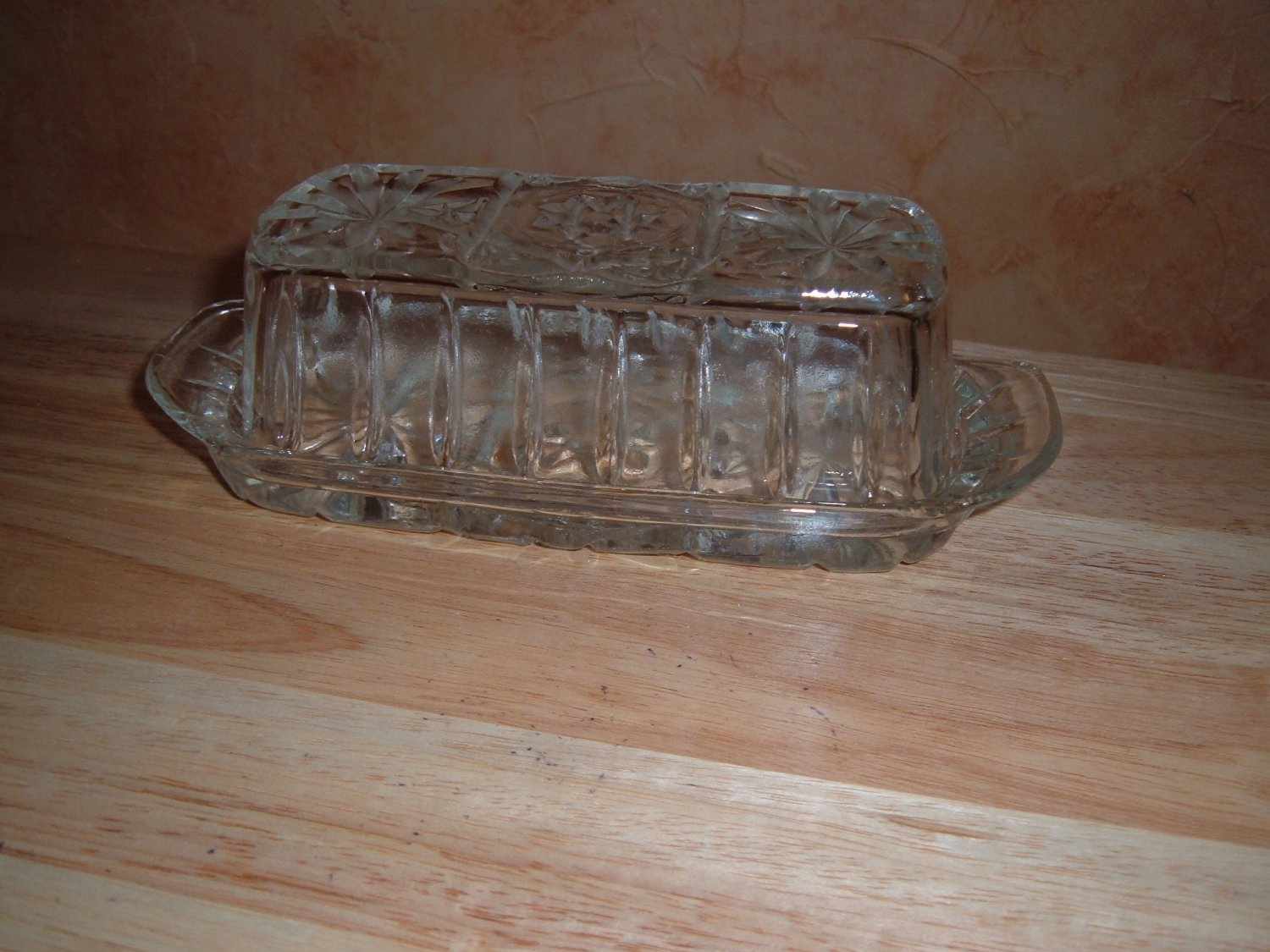Hocking butter dish