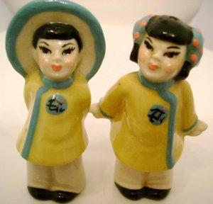 Vintage Ceramic Arts Studio Salt And Pepper Shakers