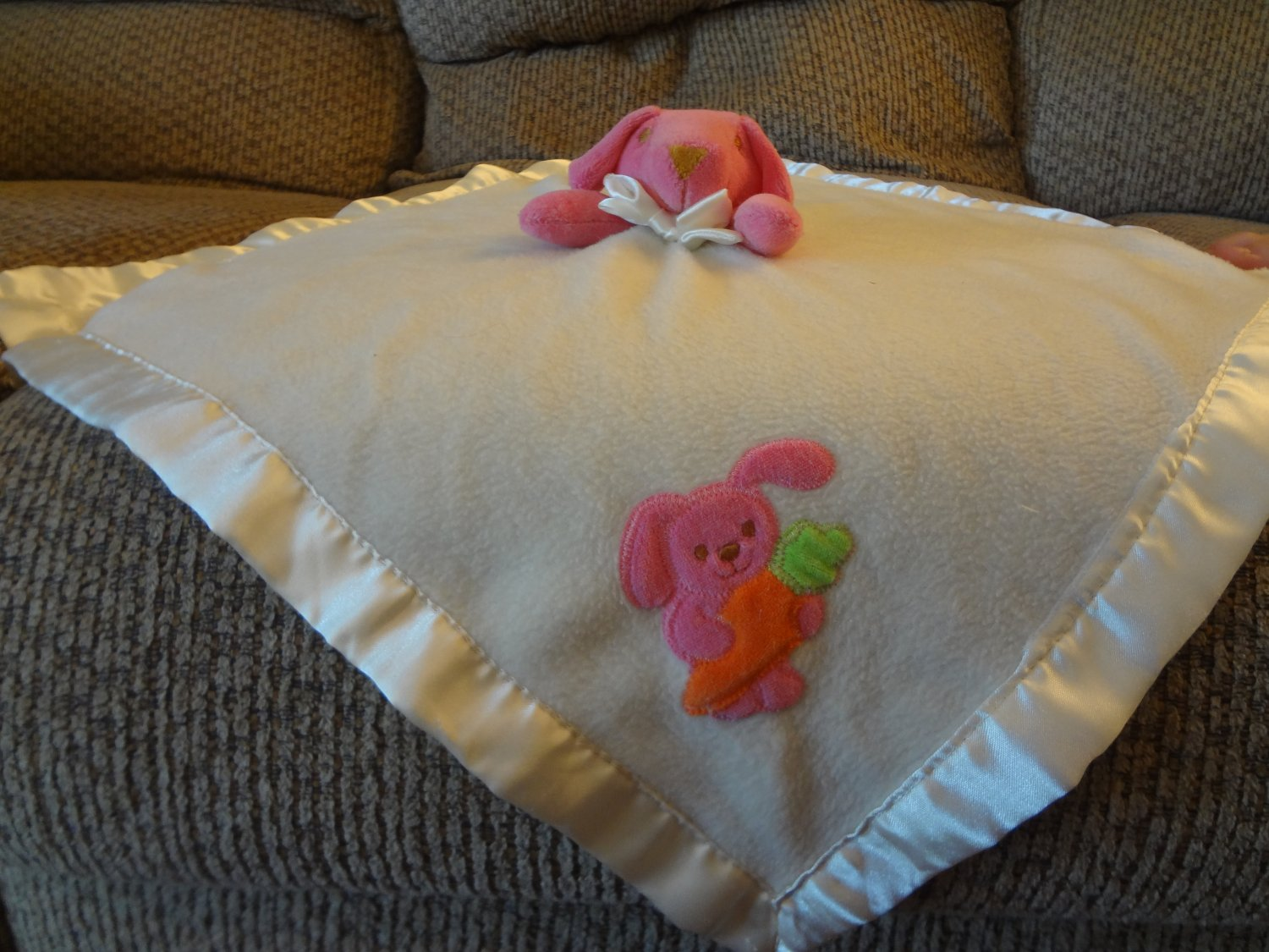 """Blankets And Beyond Pink Bunny Rabbit Carrot Cream Security Blanket Lovey Plush 17x17"""""""