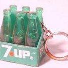 7-UP BOTTLE CARRIER KEYCHAIN! NRMINT UNUSED!