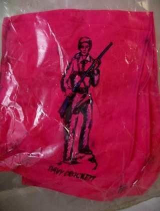 VINTAGE DAVY CROCKETT RED CLOTH TYPE SCARF/TIE, NICE!