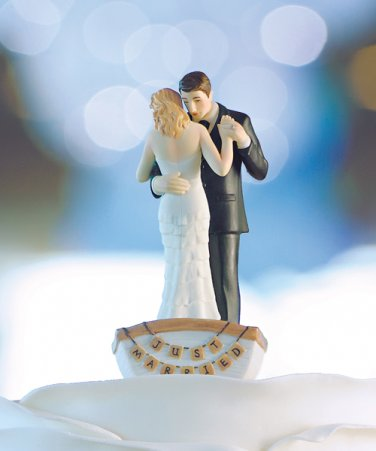 �Row Away� Wedding Couple in Rowboat Figurine