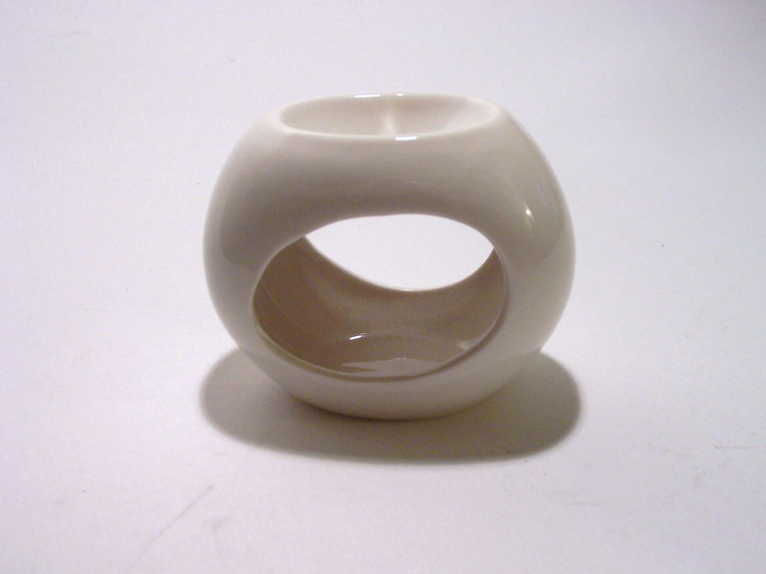 Simple White Scented Oil Burner