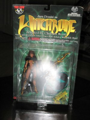 Witchblade Moore Action Collectibles GOLD VARIANT Action Figure