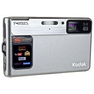 Kodak EasyShare M590 14MP 5x Optical/5x Digital Zoom HD Camera (Silver)