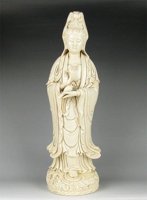 MING DYNASTY WHITE Dehua PORCELAIN Guanyin BUDDHA #P2501