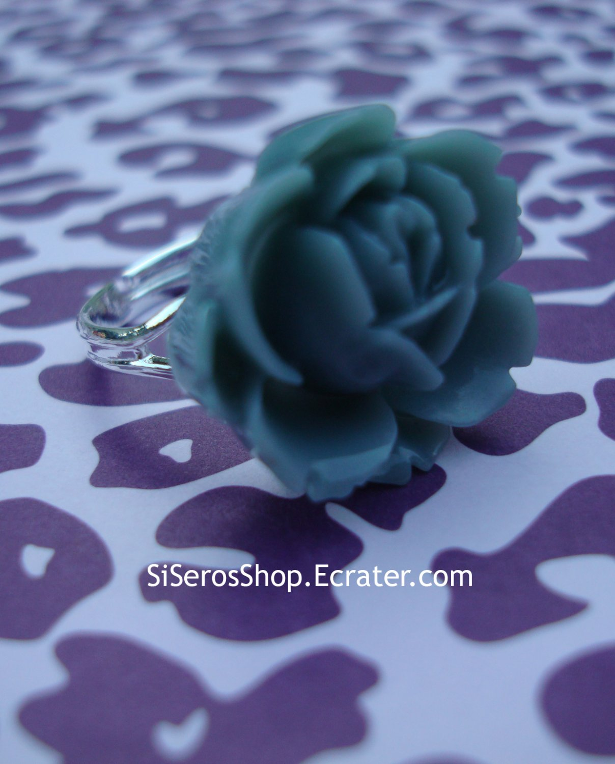 GREY Rose Ring
