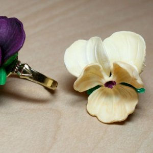 Pansy Ring - Yellow