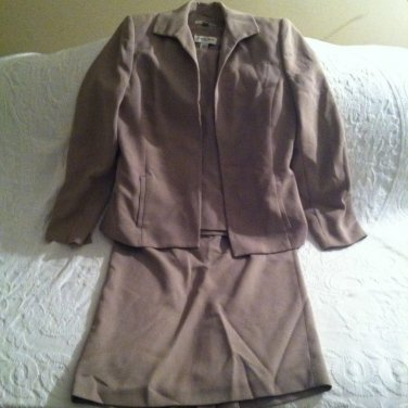 Amanda Smith Misses Size 6 3 Piece Skirt Suit Beige Tan Very Good Condition