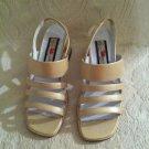 Gloria Vanderbilt Elle Champagne High Heel Shoes Womens 6 1/2 EUC