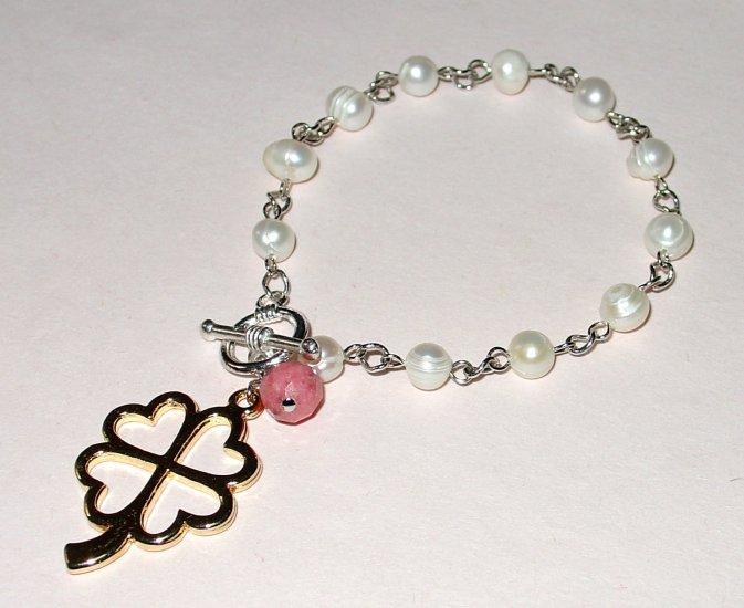 Pearly Leaf Bracelet