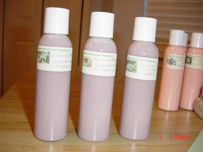 LAVENDAR AND VANILLA FOAMING BATH OIL - 4 oz. Bottle