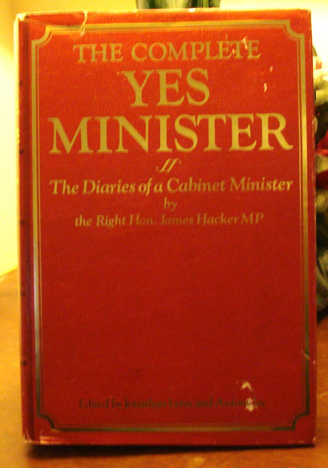The Complete YES MINISTER Lynn & Jay editors British TV series AL1122