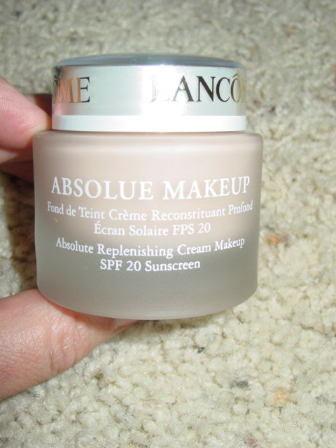 Lancome Absolue Replenishing Cream Makeup SPF 20 Absolute Pearl 10 (C) 1.18 oz / 35 ml