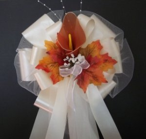 BROWN RUST NYLON Calla Lily IVORY/Fall Autumn Pew Bows