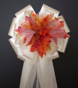 IVORY Ribbon w/Fall Autumn Leafs/Leaves Pew Bows - Wedding Decorations