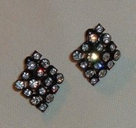 Avon Vintage Earrings Rhinestones with Black Finish
