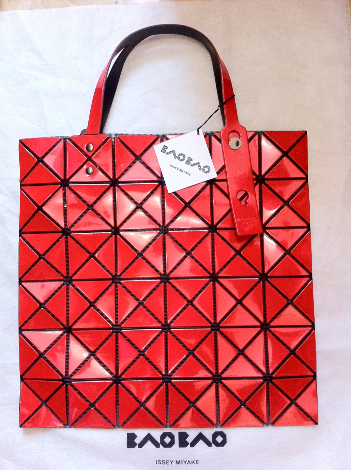Japanese designer BAO BAO BAOBAO Issey Miyake Lucent Red Tote Shoulder Bag  100% Authentic with tag 72a56fe3d8db0