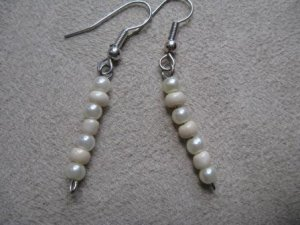 Pearl-colored Dangle Earrings