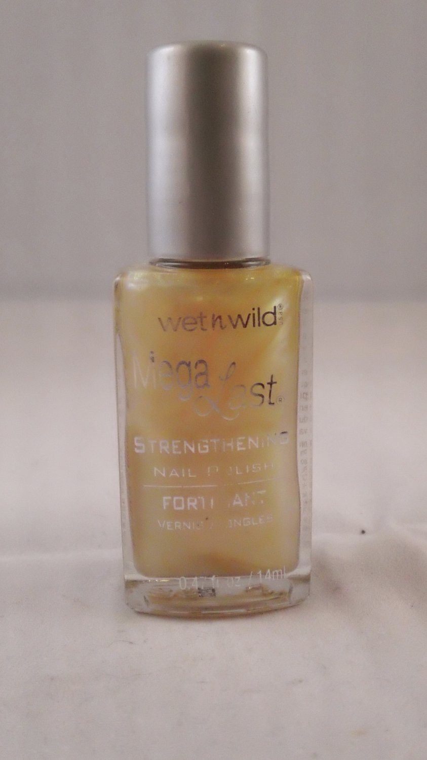 Wet n Wild Mega Last Stregthening Nail Polish 205 Just Kissed