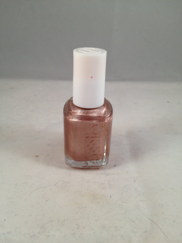 Essie Nail Lacquer Color Polish #286 Buy Me a Cameo