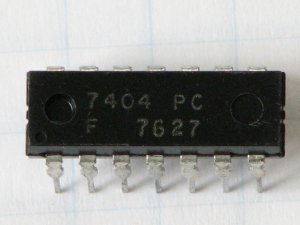 7404PC Inverting-Function Buffer Gate
