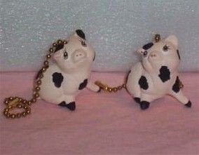 COUNTRY PIGS CEILING FAN PULLS  full 3-D design set of 2